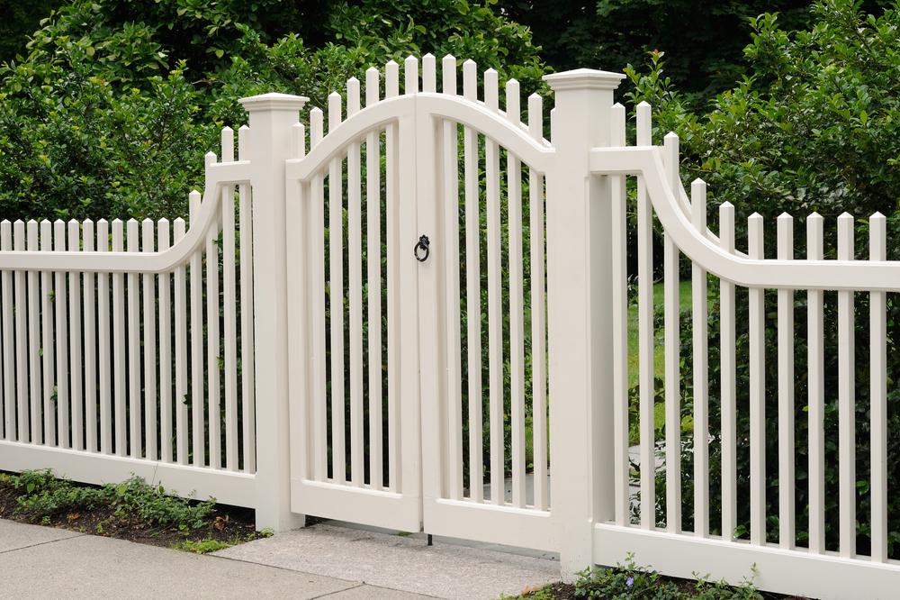 Comment fabriquer un portail en bois?